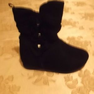 Size 5 - BlackSuedeBoots [faux] - like new